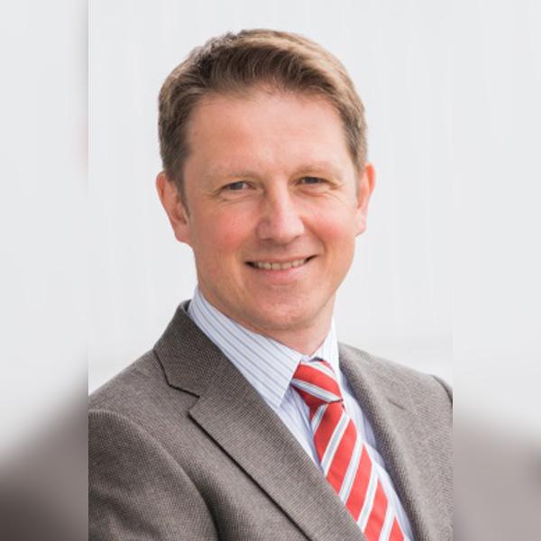 Prof Stefan Kölker